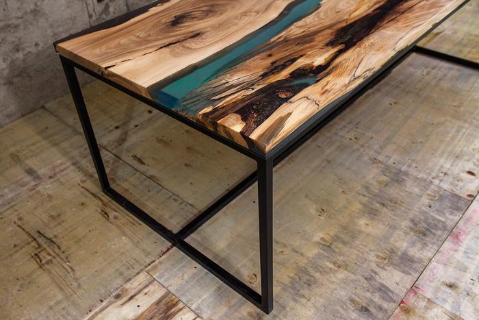 Góra Stół drewniany z żywicą #001 - bath concept store Warszawa RC29