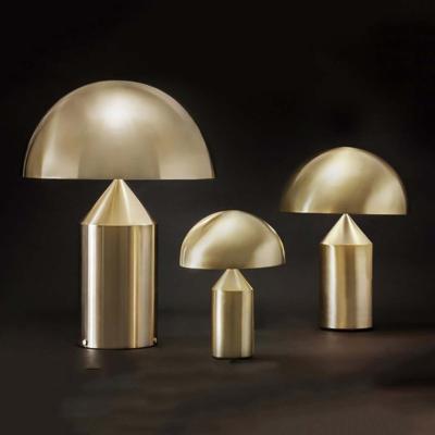 Light Point atollo all gold   złota lampka Warsaw Design Salon Warszawa